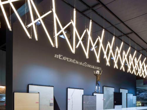 Estande da Level Acabamentos na Expo Revestir 2018.